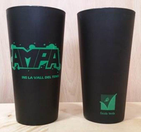 L'AMPA de l'Institut Vall del Tenes adquireix 1000 gots reutilitzables